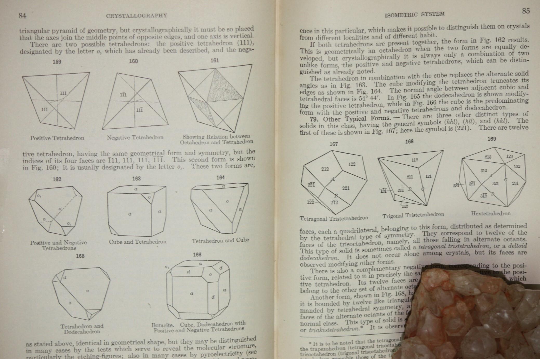 Dana Textbook of Mineralogy (2)